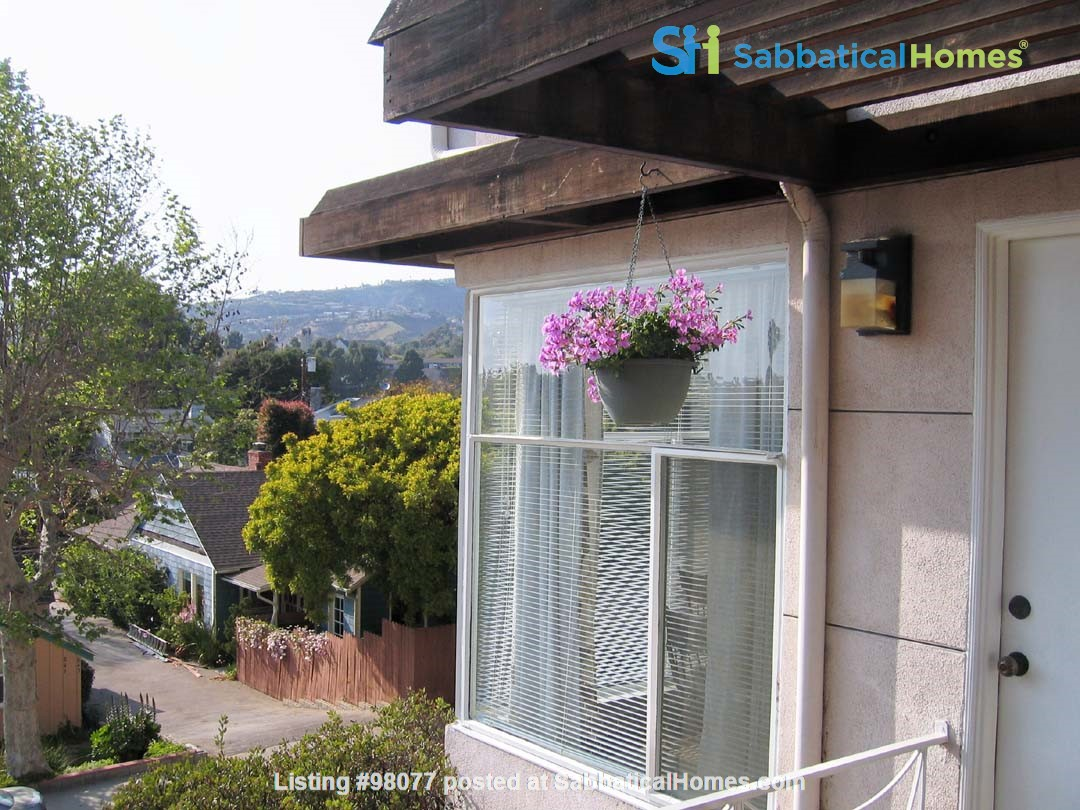 Gracious  Pacific Palisades Apartment-- Walk to All Amenities Home Rental in Los Angeles 0
