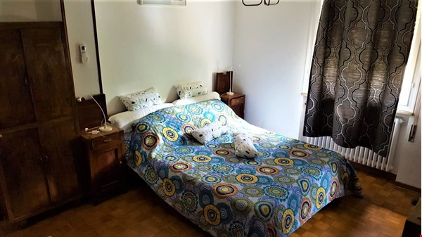 AIR CONDITIONER & RENOVATED SUNNY 1 BEDROOM at LUGO HISTORICAL (RAVENNA) Home Rental in Lugo 1 - thumbnail