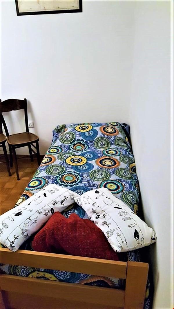 AIR CONDITIONER & RENOVATED SUNNY 1 BEDROOM at LUGO HISTORICAL (RAVENNA) Home Rental in Lugo 2 - thumbnail
