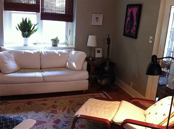 Lovely 2BR + Den House in Vibrant Corso Italia Home Rental in Toronto 4 - thumbnail