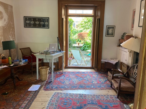 Peaceful, spacious Georgian house  in pretty conservation area Home Rental in  3 - thumbnail