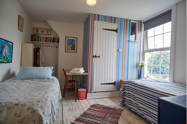 Georgian seaside townhouse with garden, perfect for Golf Open Championship Home Rental in Deal 2 - thumbnail