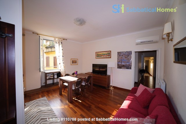 Colosseum charming apartment  (2-7 guests) Home Rental in Roma, Lazio, Italy 3