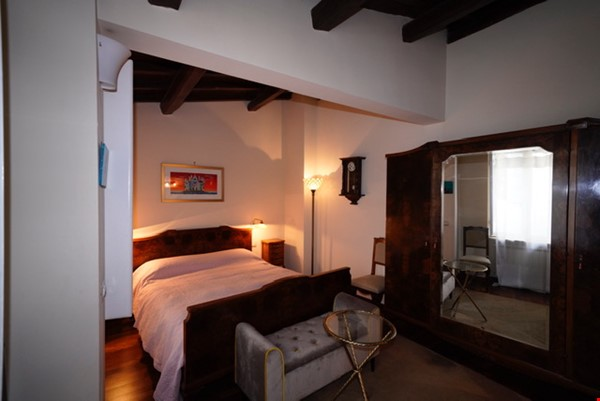 Colosseum charming apartment  (2-7 guests) Home Rental in Roma 7 - thumbnail