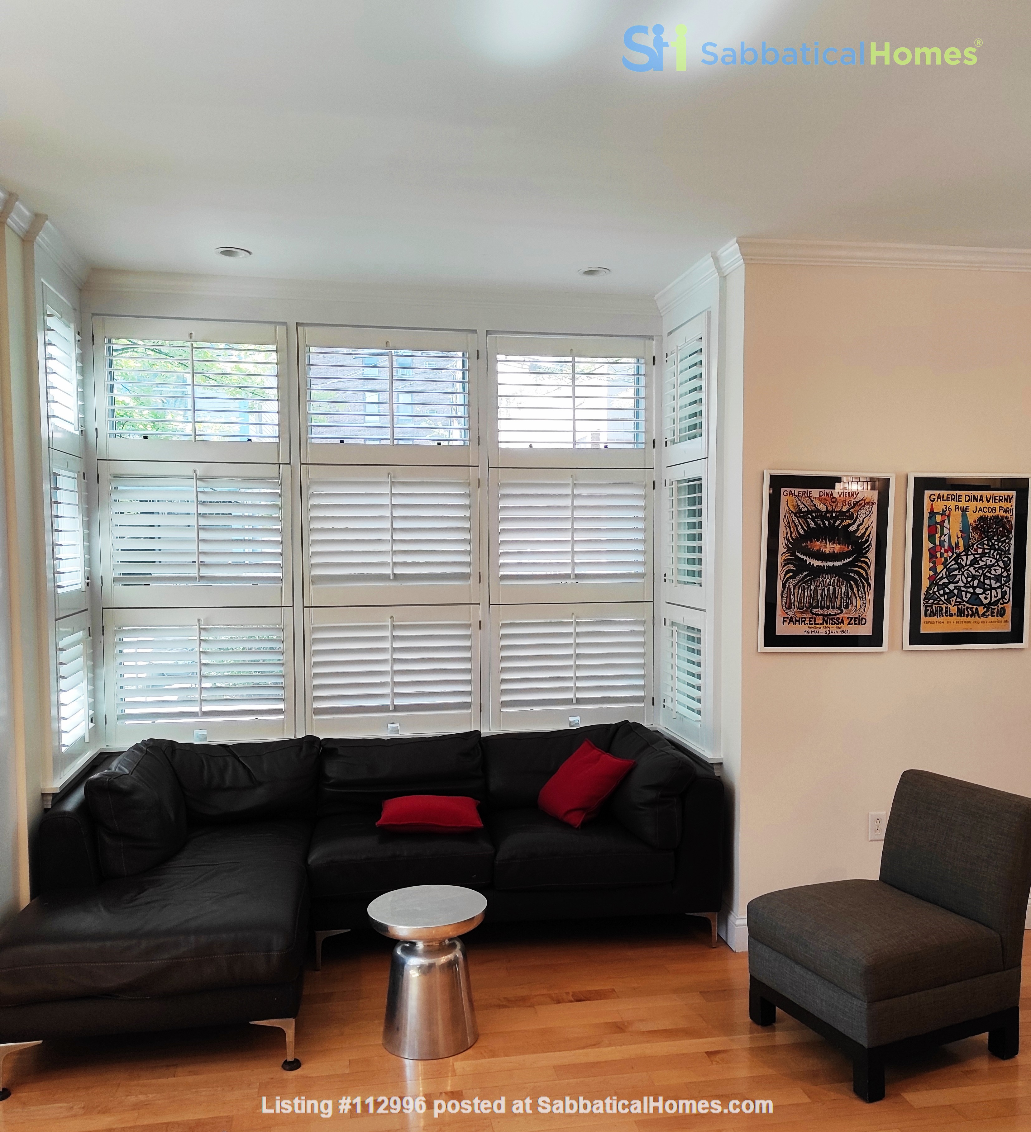 Beautiful Summer Rental 2 bedrms 3 baths + study + deck.  Cleaning included Home Rental in Cambridge, Massachusetts, United States 9