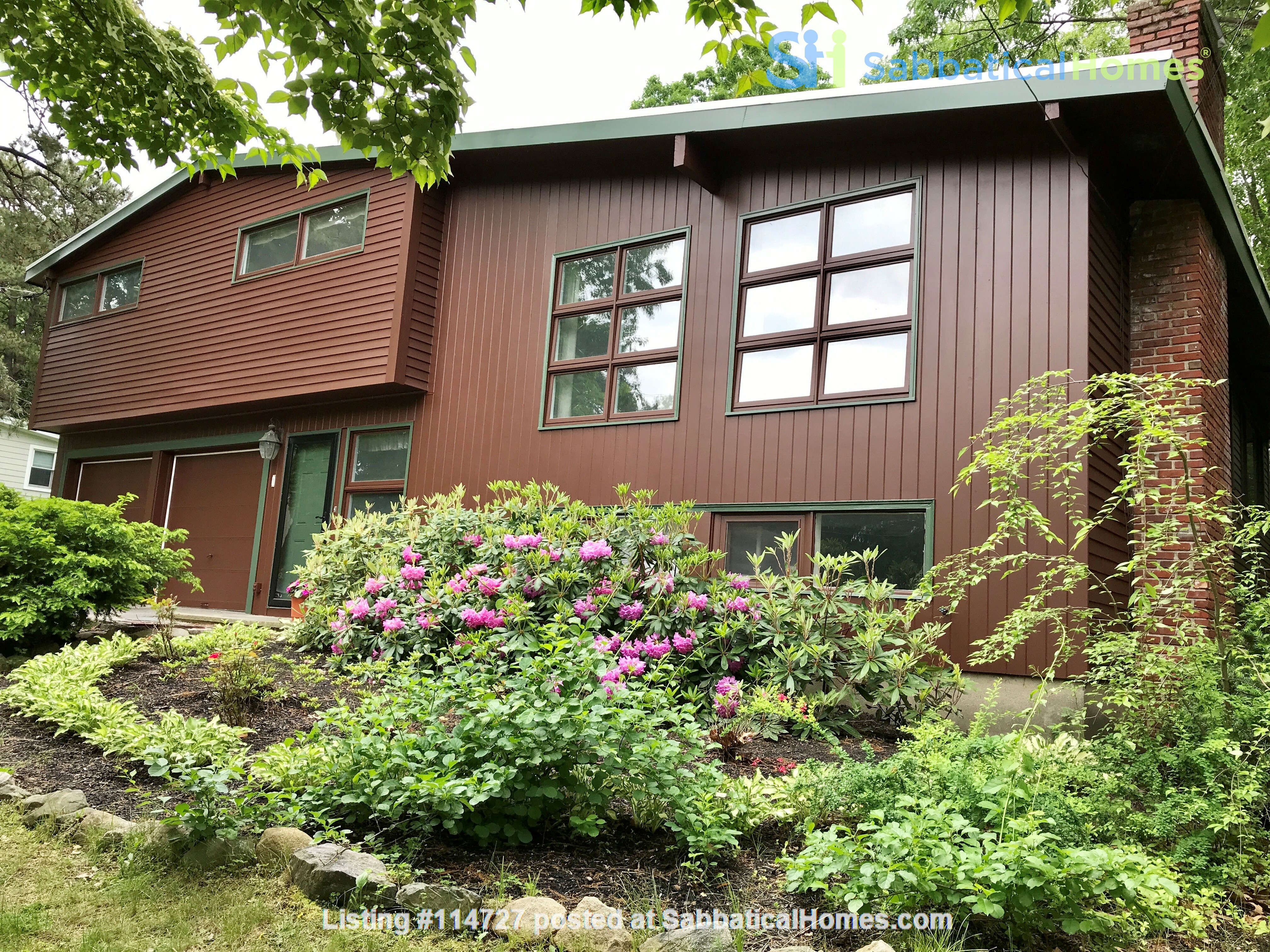 Newly furn &built 2 BR 1025 sq ft apt w/utlts in lux home in Winchester, Ma Home Rental in Winchester, Massachusetts, United States 9