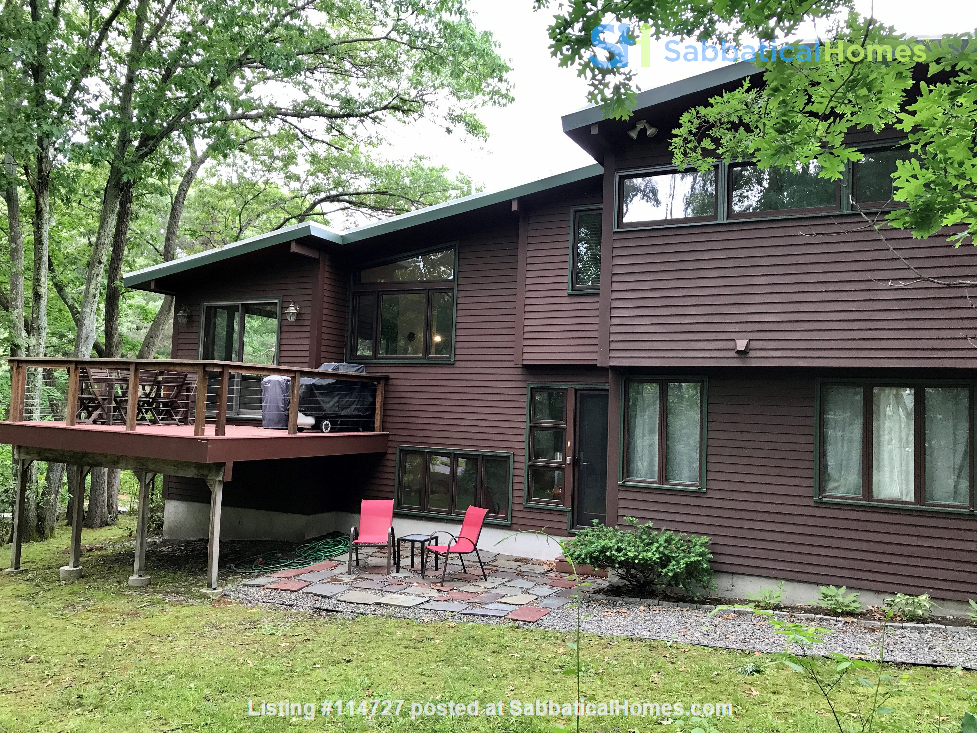 Newly furn &built 2 BR 1025 sq ft apt w/utlts in lux home in Winchester, Ma Home Rental in Winchester, Massachusetts, United States 8