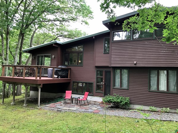 Newly furn &built 2 BR 1025 sq ft apt w/utlts in lux home in Winchester, Ma Home Rental in Winchester 8 - thumbnail