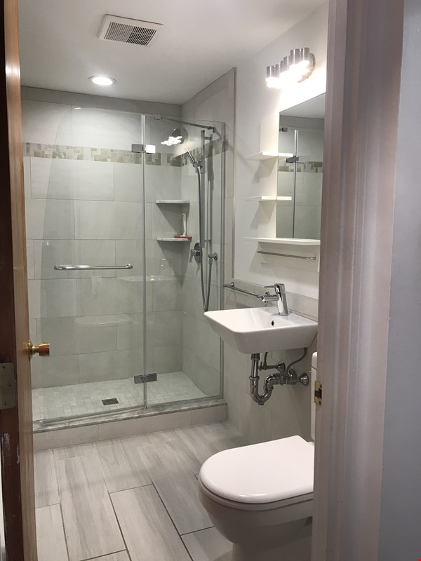 Newly furn &built 2 BR 1025 sq ft apt w/utlts in lux home in Winchester, Ma Home Rental in Winchester 7 - thumbnail