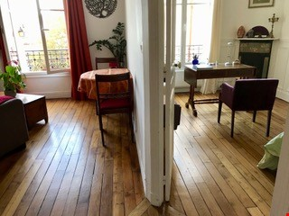 Charming Parisian Apartment  (near a  PARK) Home Rental in Paris 2 - thumbnail