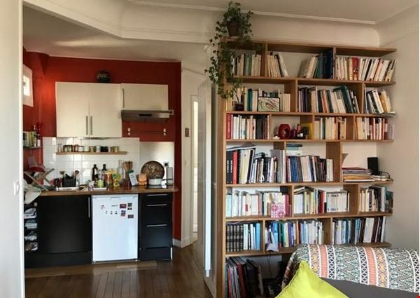 Charming Parisian Apartment  (near a  PARK) Home Rental in Paris 3 - thumbnail