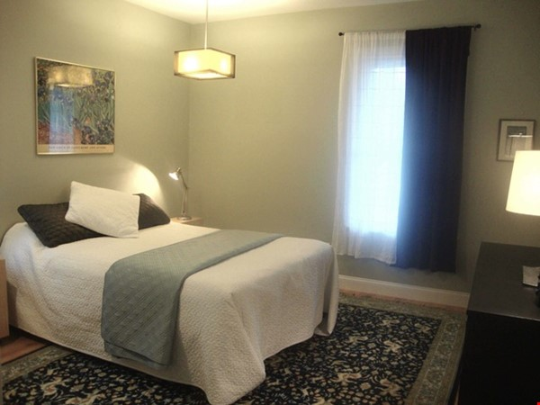 Turn-key, fully furnished 1 bedroom w/large office, includes ALL utilities Home Rental in Somerville 3 - thumbnail
