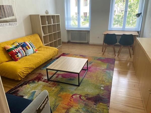 Furnished flat in Berlin Tiergarten, bright and quiet Home Rental in Berlin 1 - thumbnail