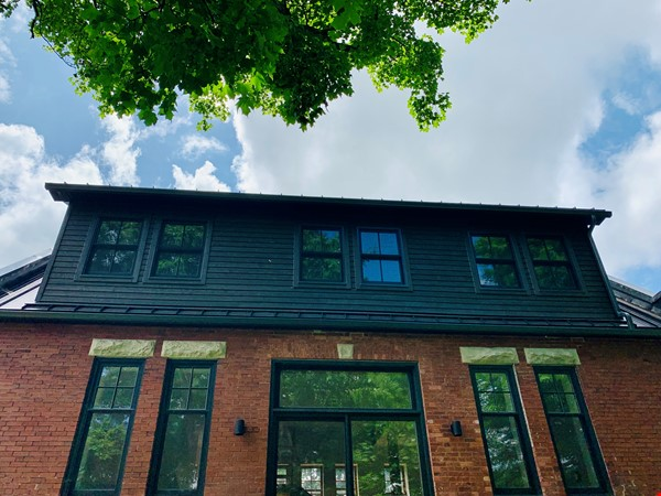 Spectacular 1906 schoolhouse; 35 minutes to London, 20 to Stratford Home Rental in Embro 3 - thumbnail