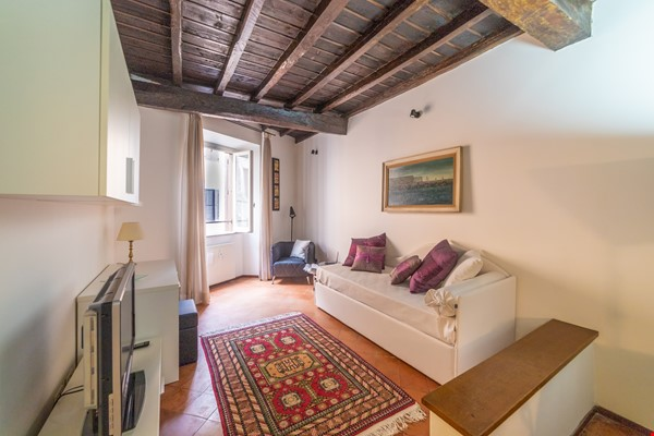 A lovely apartment located in the historic center of Rome Home Rental in Rome 0 - thumbnail
