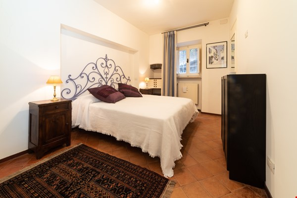 A lovely apartment located in the historic center of Rome Home Rental in Rome 1 - thumbnail