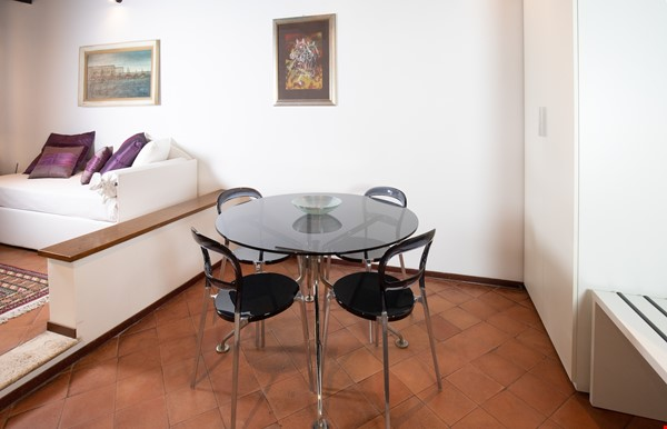 A lovely apartment located in the historic center of Rome Home Rental in Rome 4 - thumbnail
