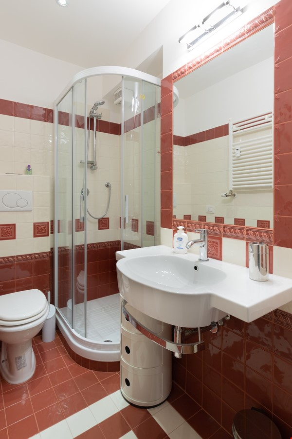 A lovely apartment located in the historic center of Rome Home Rental in Rome 5 - thumbnail