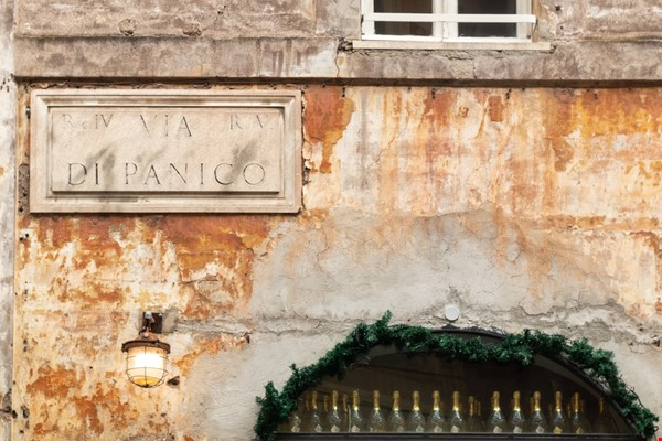 A lovely apartment located in the historic center of Rome Home Rental in Rome 8 - thumbnail