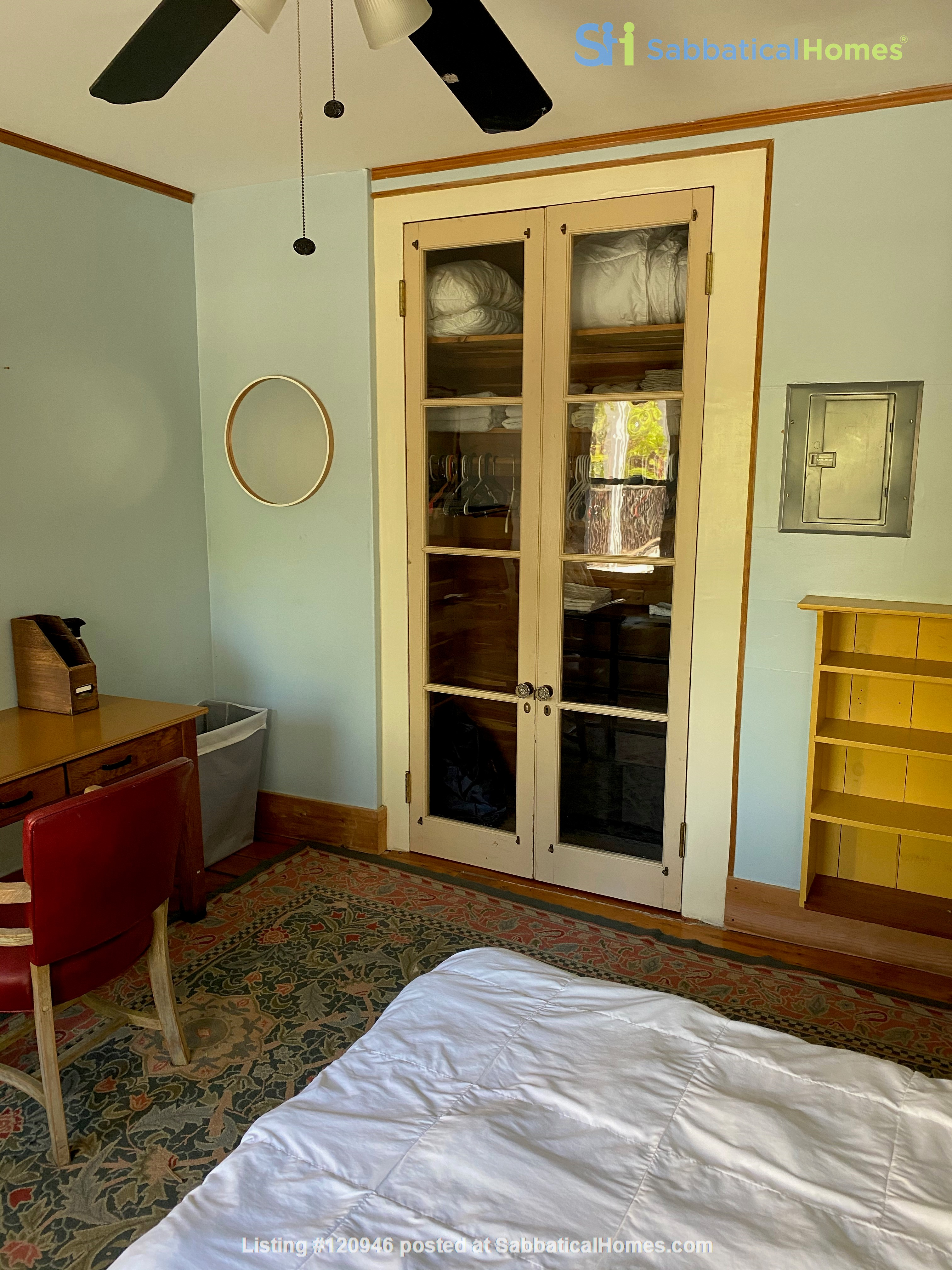 Two bedroom duplex, Harvard, Charles River. Shared private Garden Home Rental in Cambridge, Massachusetts, United States 4