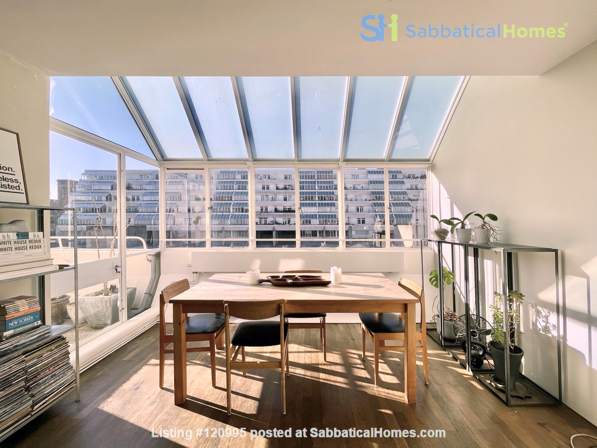 Light filled Bloomsbury Apartment Home Rental in Greater London, England, United Kingdom 1