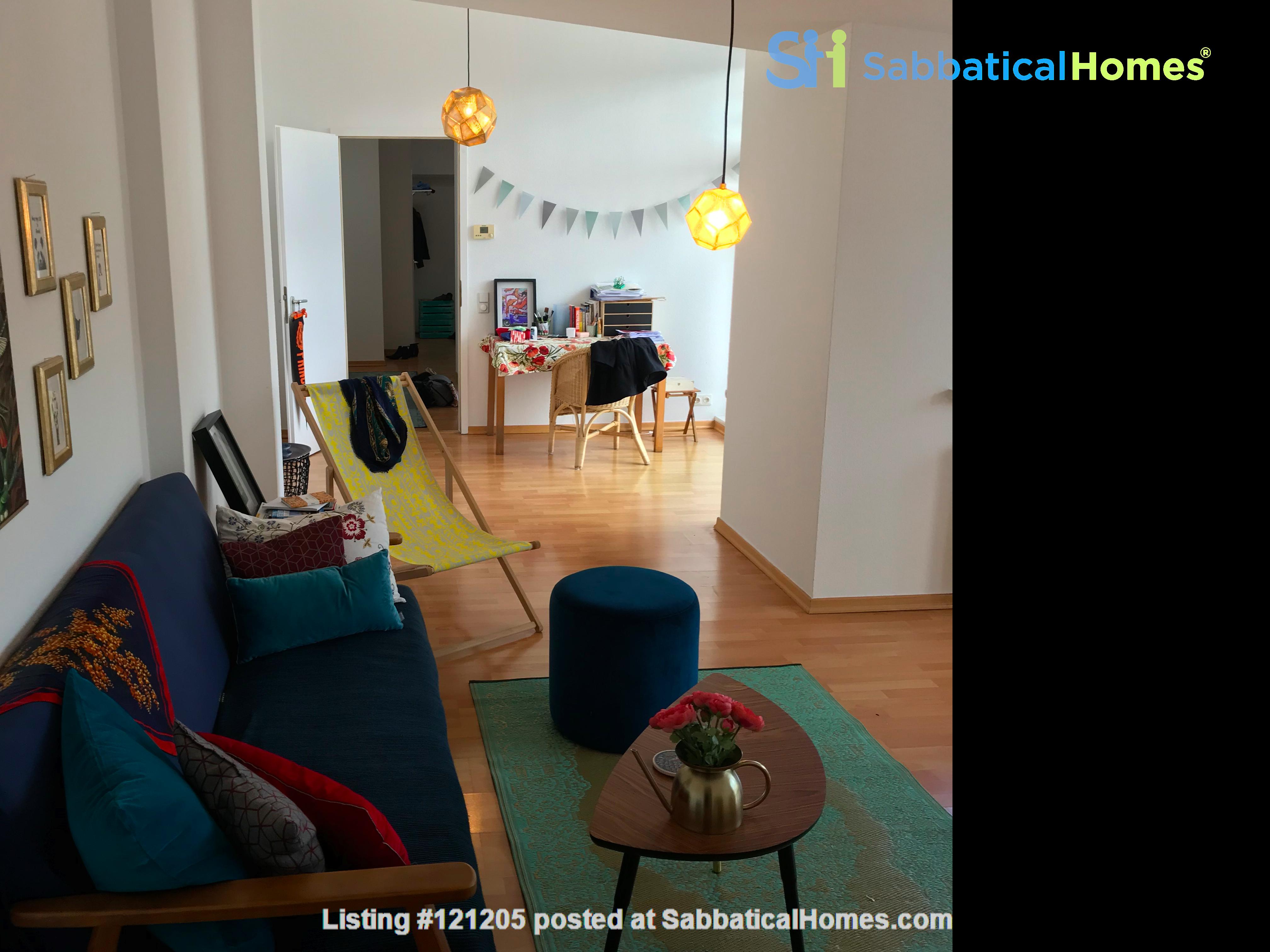 Luxury top-floor apt., 93qm & terrace in popular Bötzowviertel,  1-2 pers. Home Rental in Berlin, Berlin, Germany 9
