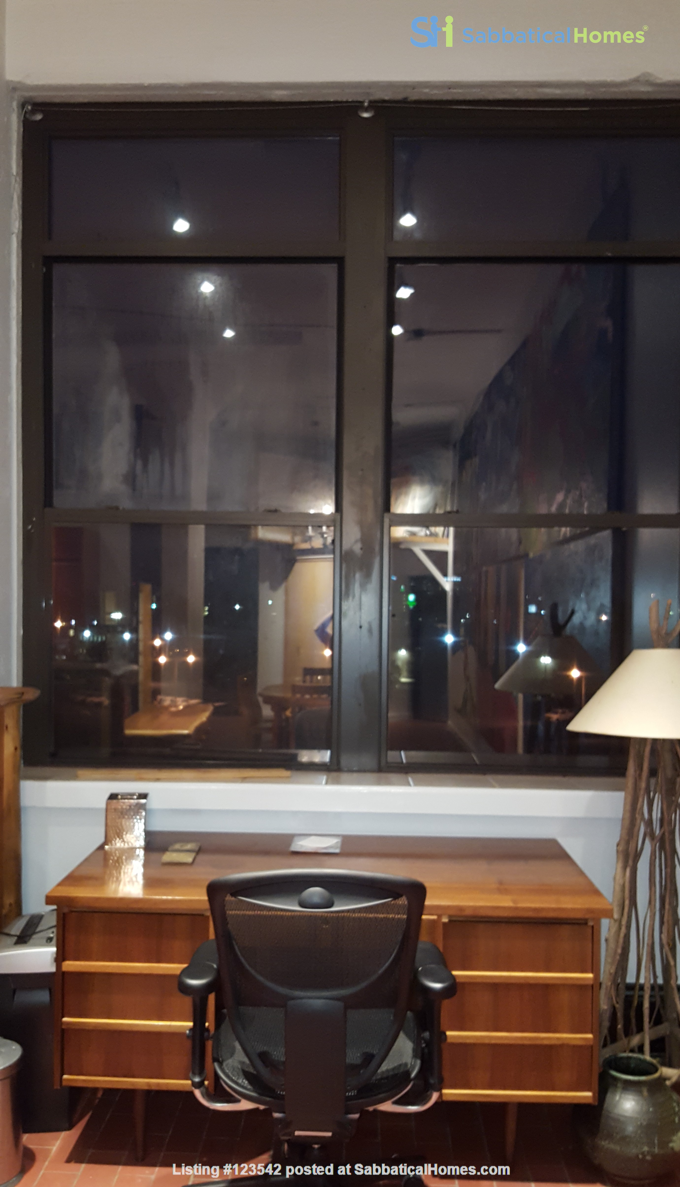 Spacious bright penthouse level artist loft for rent Union Square near MIT Home Rental in Somerville, Massachusetts, United States 9