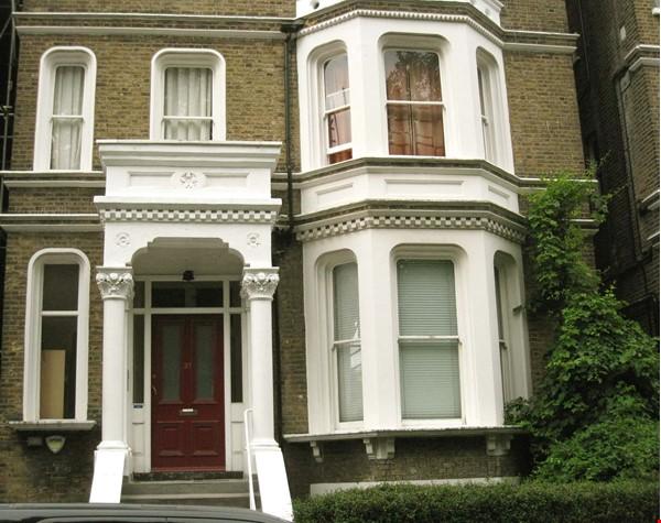 Belsize Park London outstanding  3-bed flat for Long Let Home Rental in London 0 - thumbnail
