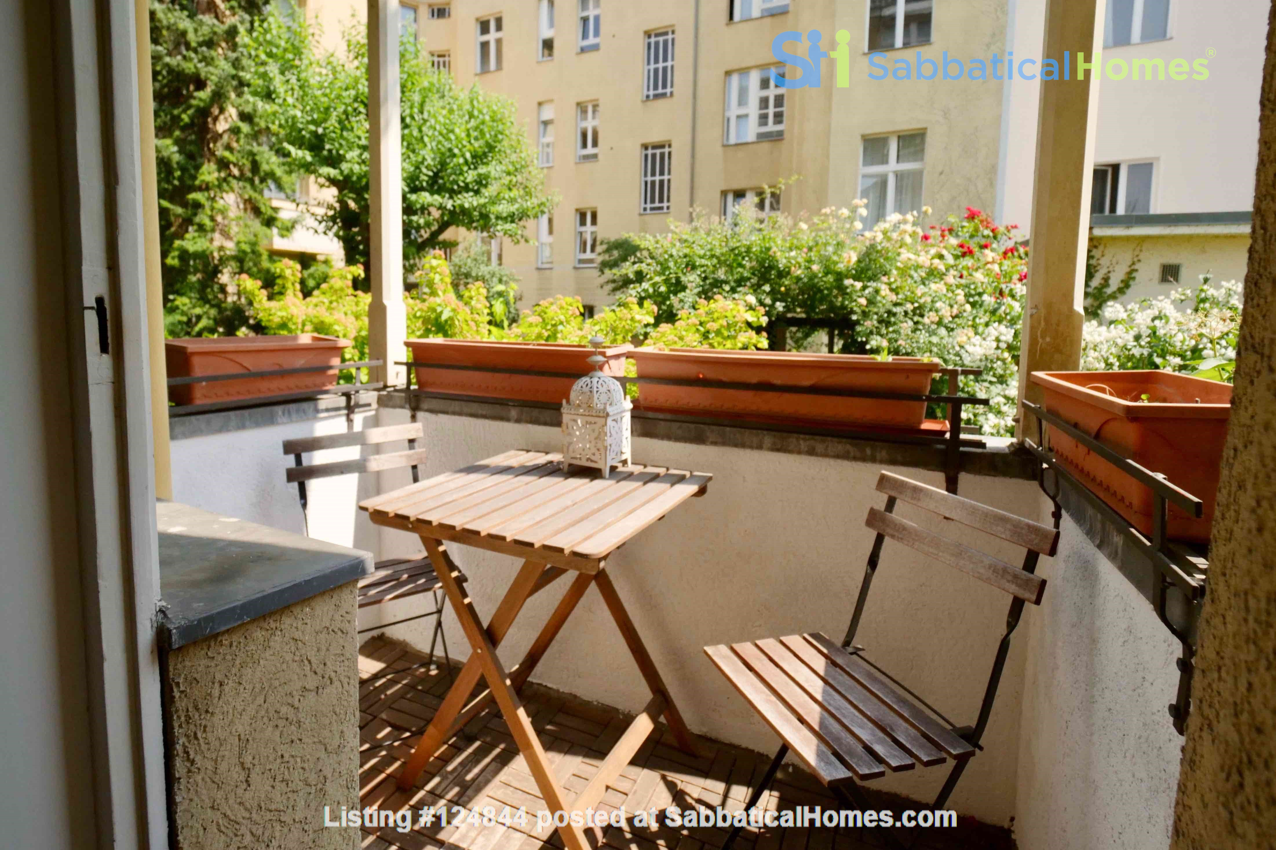 Charming 2-room apartment with balcony and fireplace Home Rental in Berlin, Berlin, Germany 2