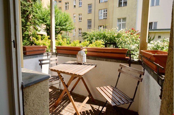 Charming 2-room apartment with balcony and fireplace Home Rental in Berlin 2 - thumbnail