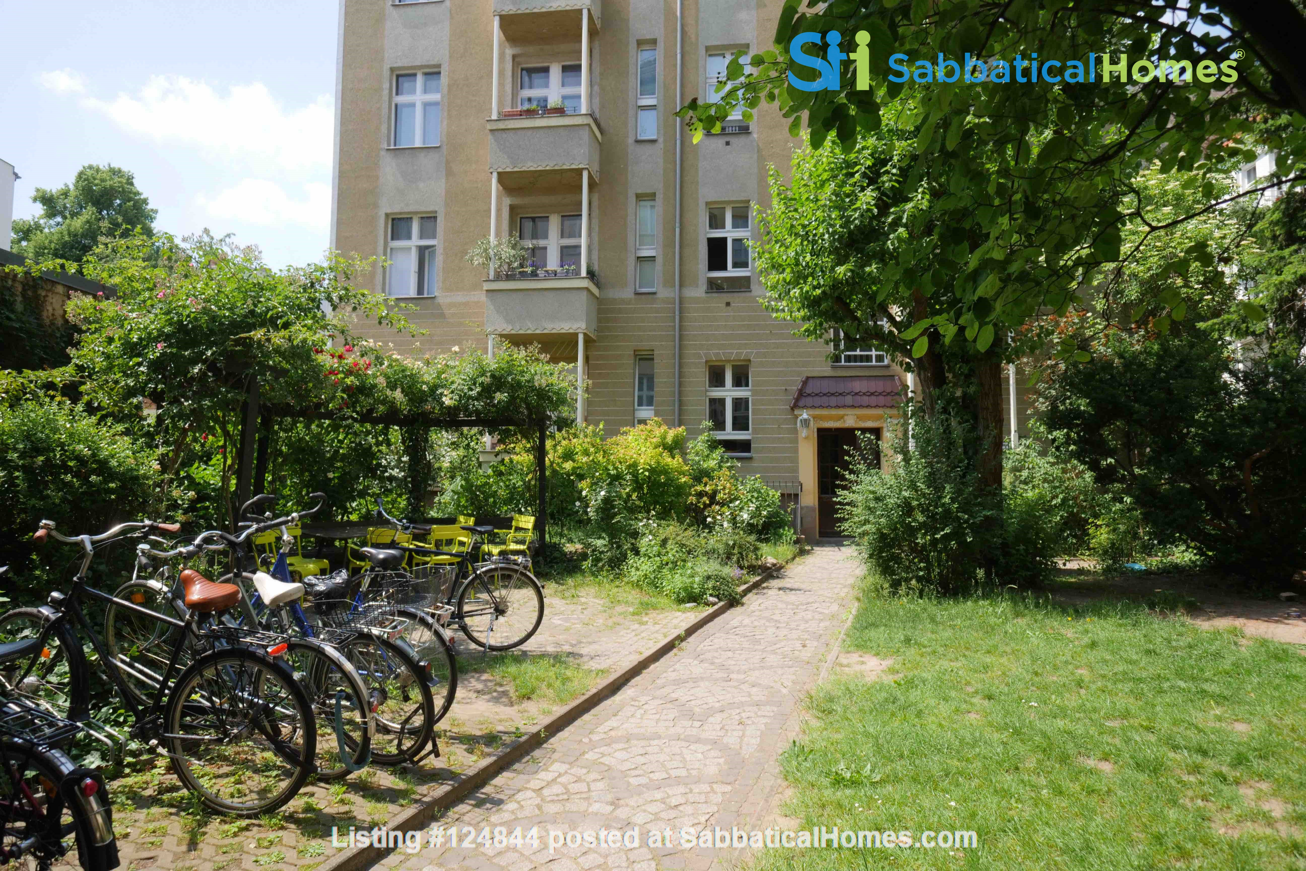 Charming 2-room apartment with balcony and fireplace Home Rental in Berlin, Berlin, Germany 6
