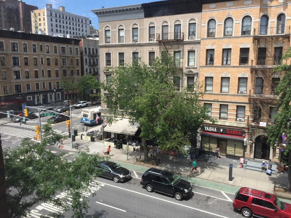 Available NOW! Pet Friendly - Entire one bedroom apartment beside Columbia Home Rental in New York 0 - thumbnail