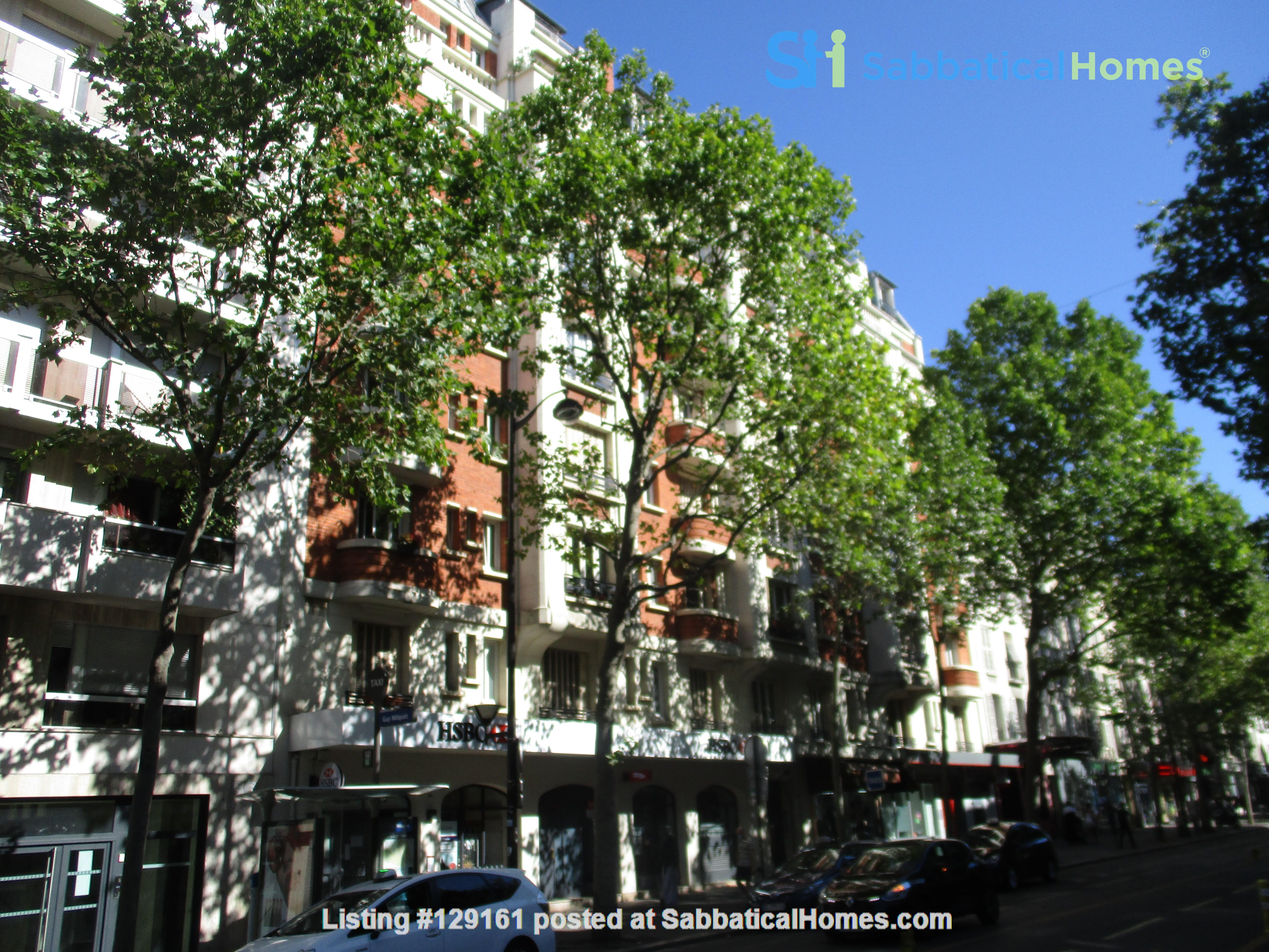 Charming apartment in northwest Paris Home Rental in Paris, Île-de-France, France 3