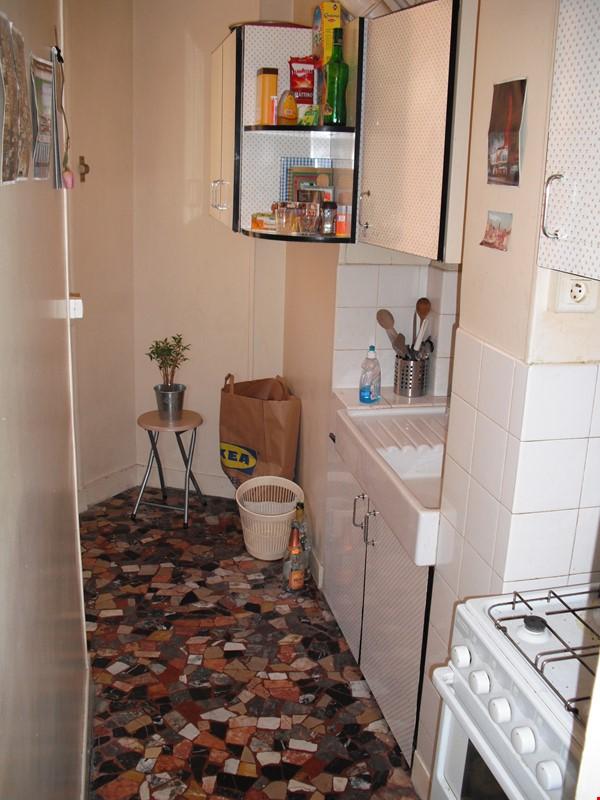 Charming apartment in northwest Paris Home Rental in Paris 5 - thumbnail