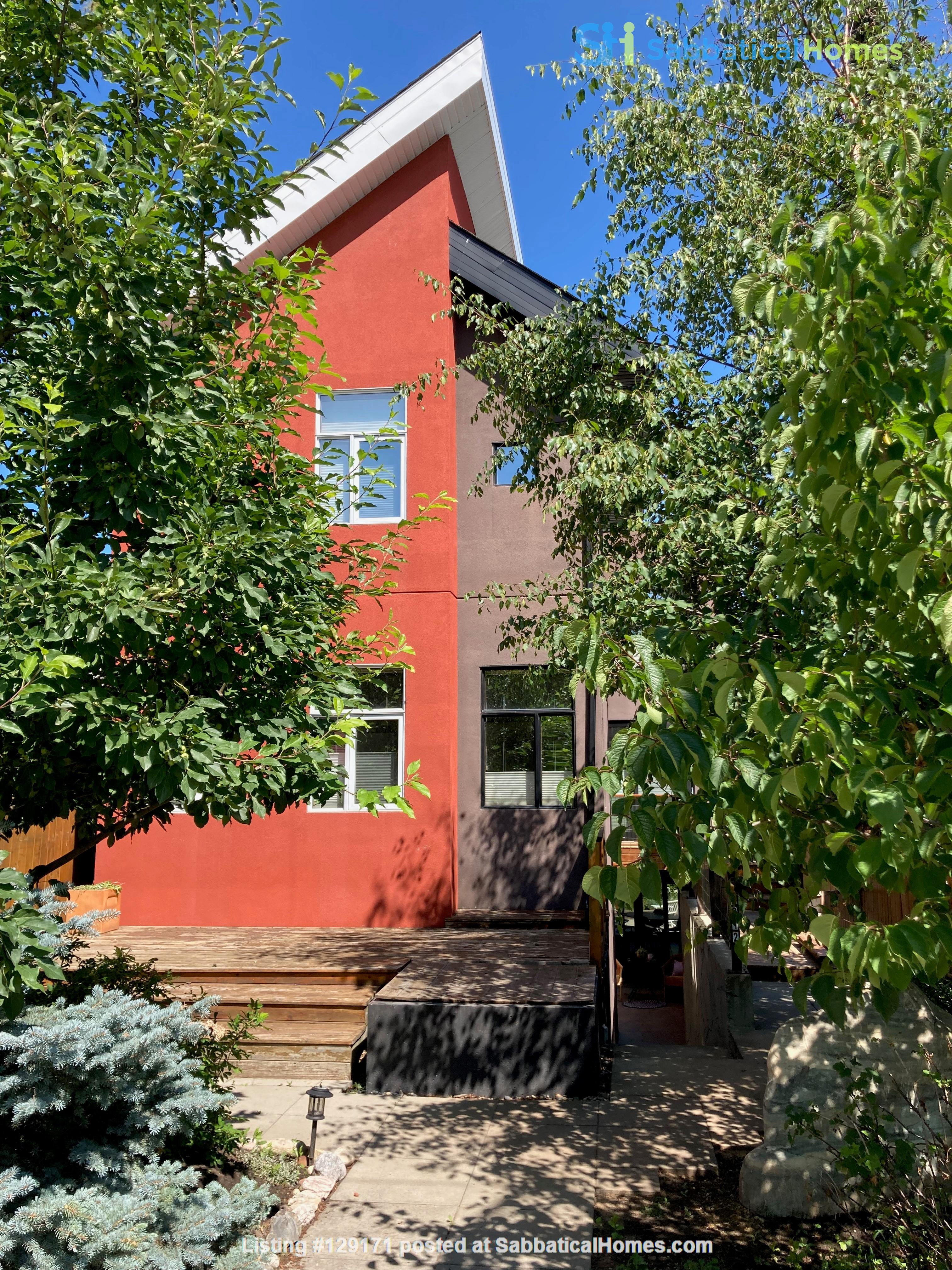 Garden Suite in Architectural Gem in Old Strathcona Home Rental in Edmonton 9