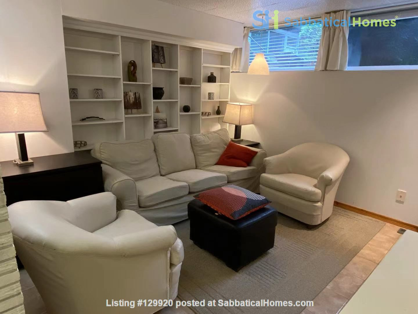 Walkout basement suite on UoA campus for short term daily rental ($50/day) Home Rental in Edmonton, Alberta, Canada 7