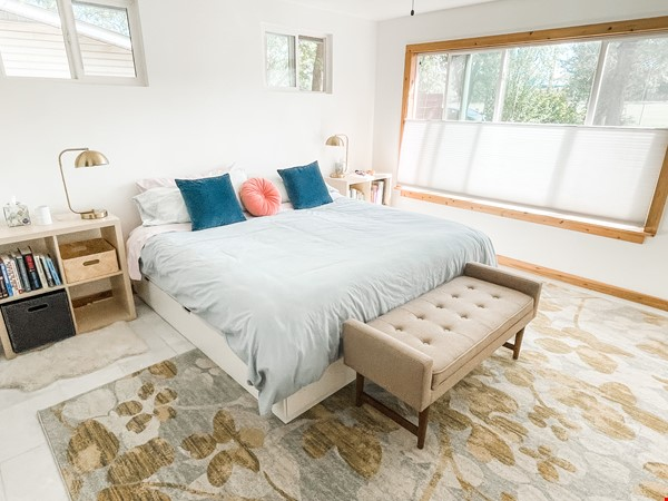 Quiet  S Austin 3bd/2ba + home office, walk to St Eds, 3 miles to UT Home Rental in Austin 2 - thumbnail