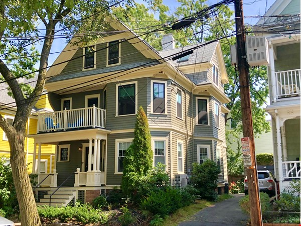 Sweet 2-bed in Porter Sq near Harvard/MIT/Tufts  (Utilities included) Home Rental in Somerville 9 - thumbnail