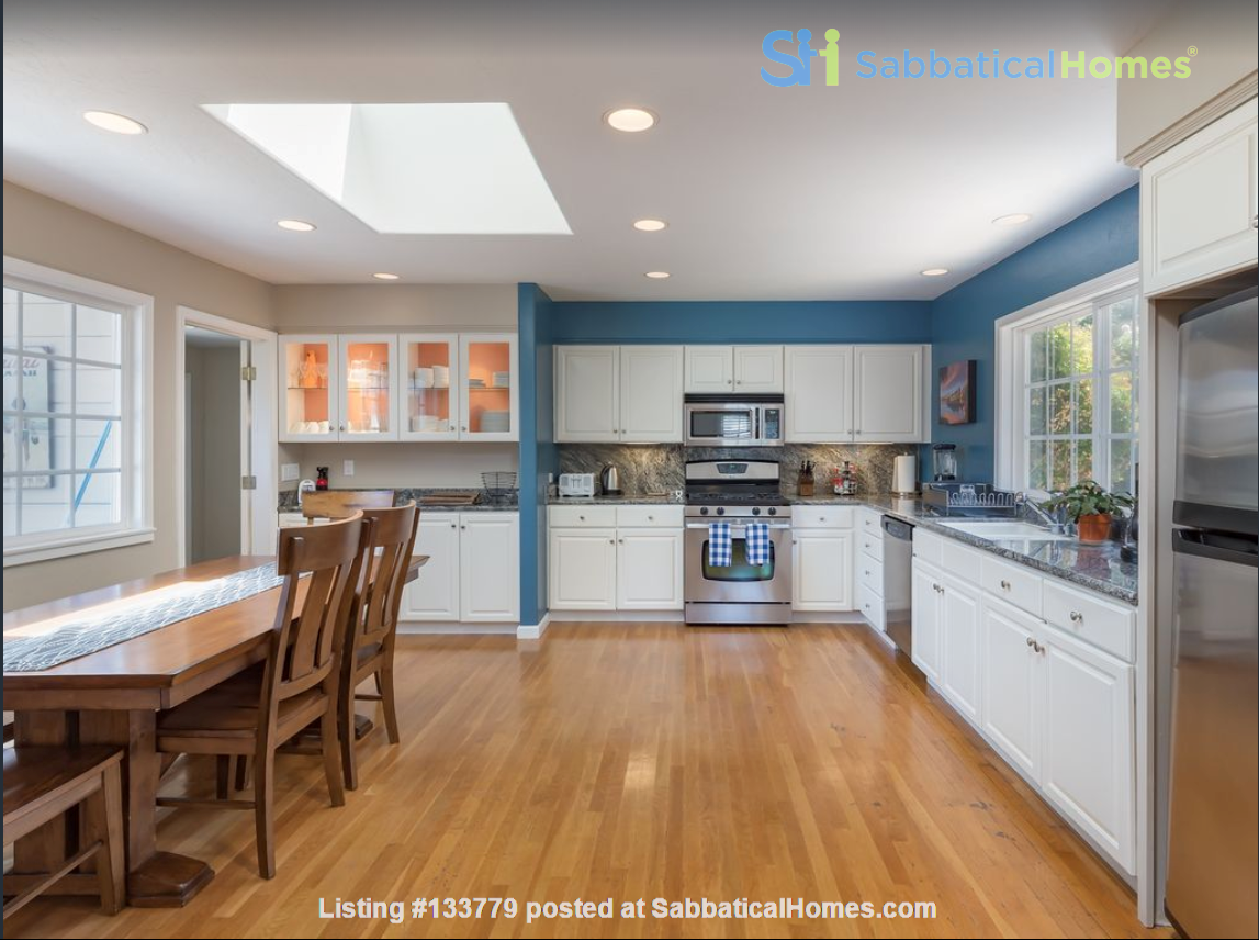Private and quiet Pleasure Point Oasis - a home away from home Home Rental in Santa Cruz, California, United States 2