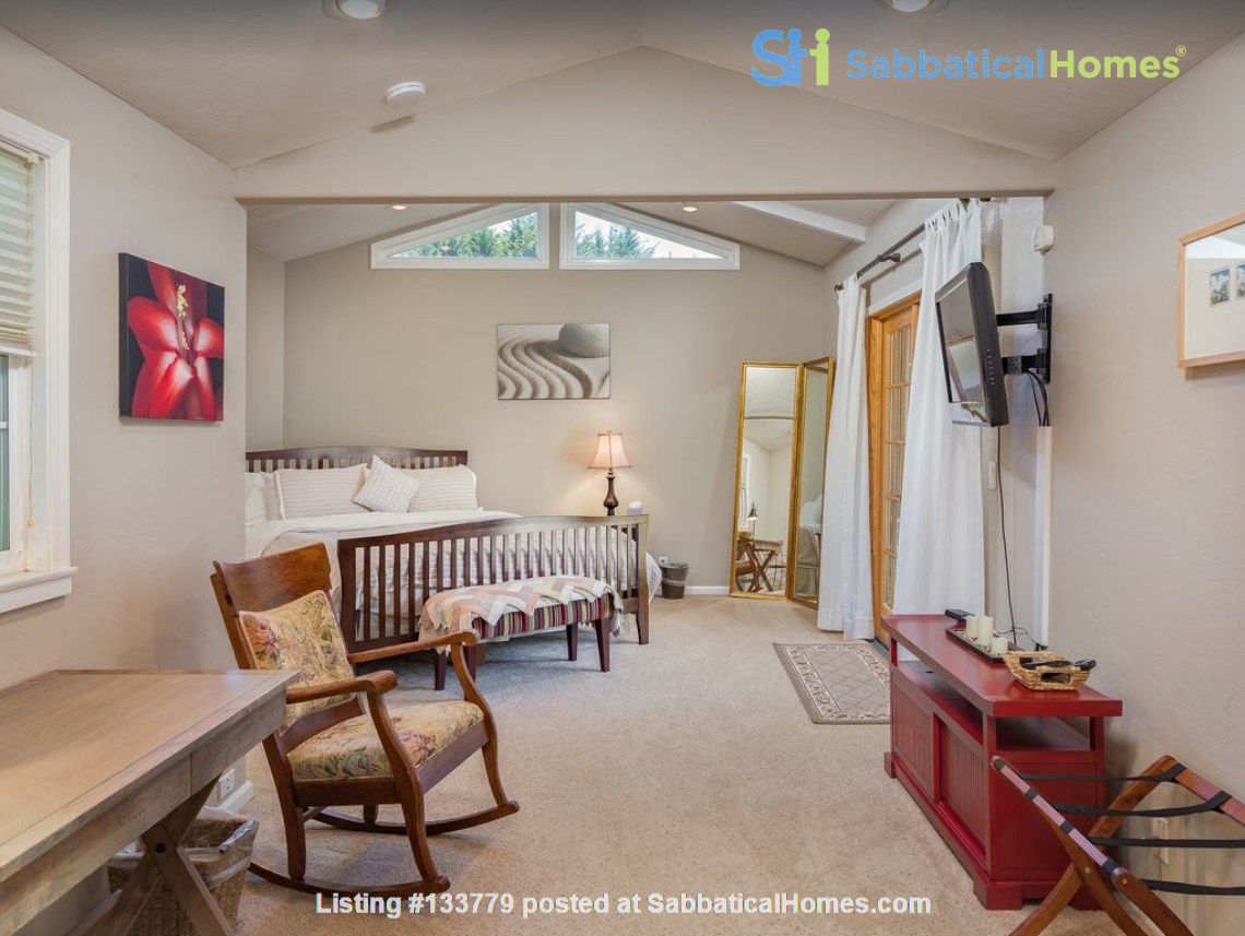 Private and quiet Pleasure Point Oasis - a home away from home Home Rental in Santa Cruz, California, United States 4
