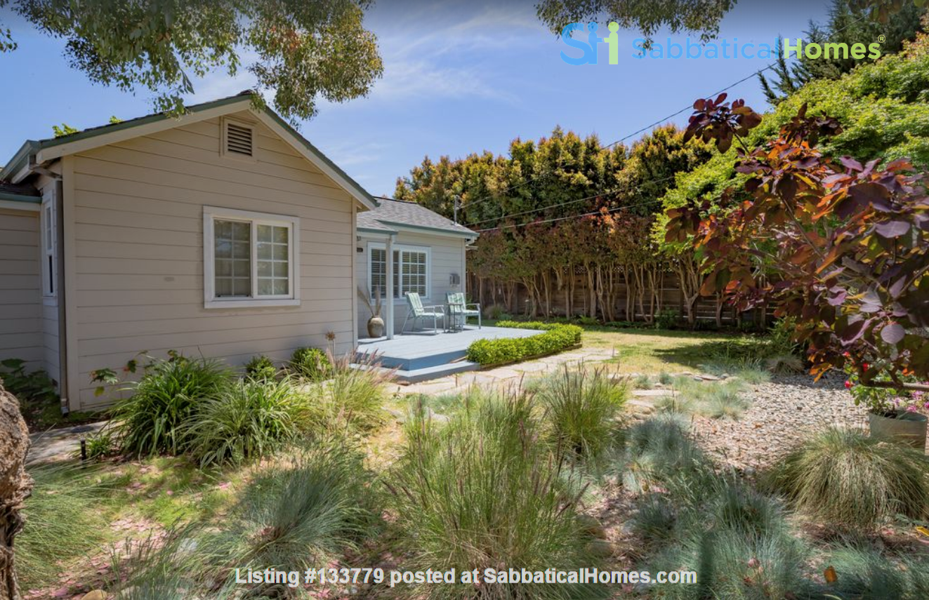 Private and quiet Pleasure Point Oasis - a home away from home Home Rental in Santa Cruz, California, United States 0
