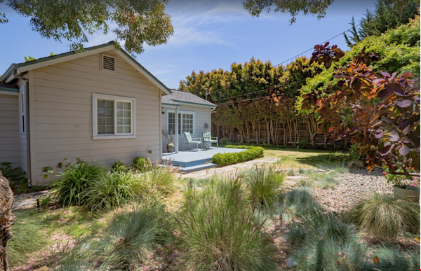 Private and quiet Pleasure Point Oasis - a home away from home Home Rental in Santa Cruz 0 - thumbnail