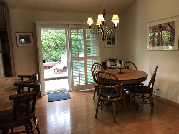 Unique 1 Br/2 Ba plus Den/Guest Rm With Wrap Around Yard - Fully Furnished Home Rental in Davis 4 - thumbnail