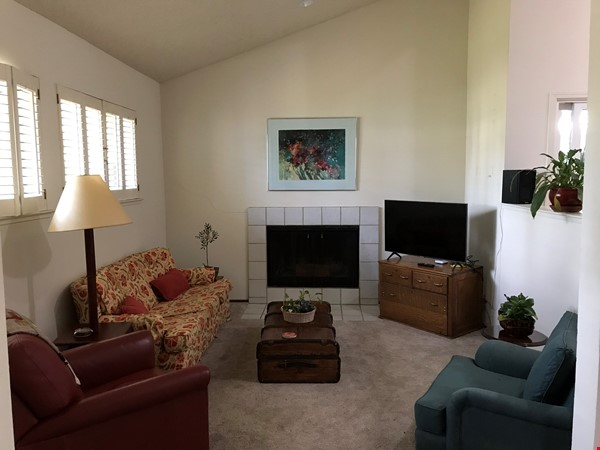 Unique 1 Br/2 Ba plus Den/Guest Rm With Wrap Around Yard - Fully Furnished Home Rental in Davis 1 - thumbnail