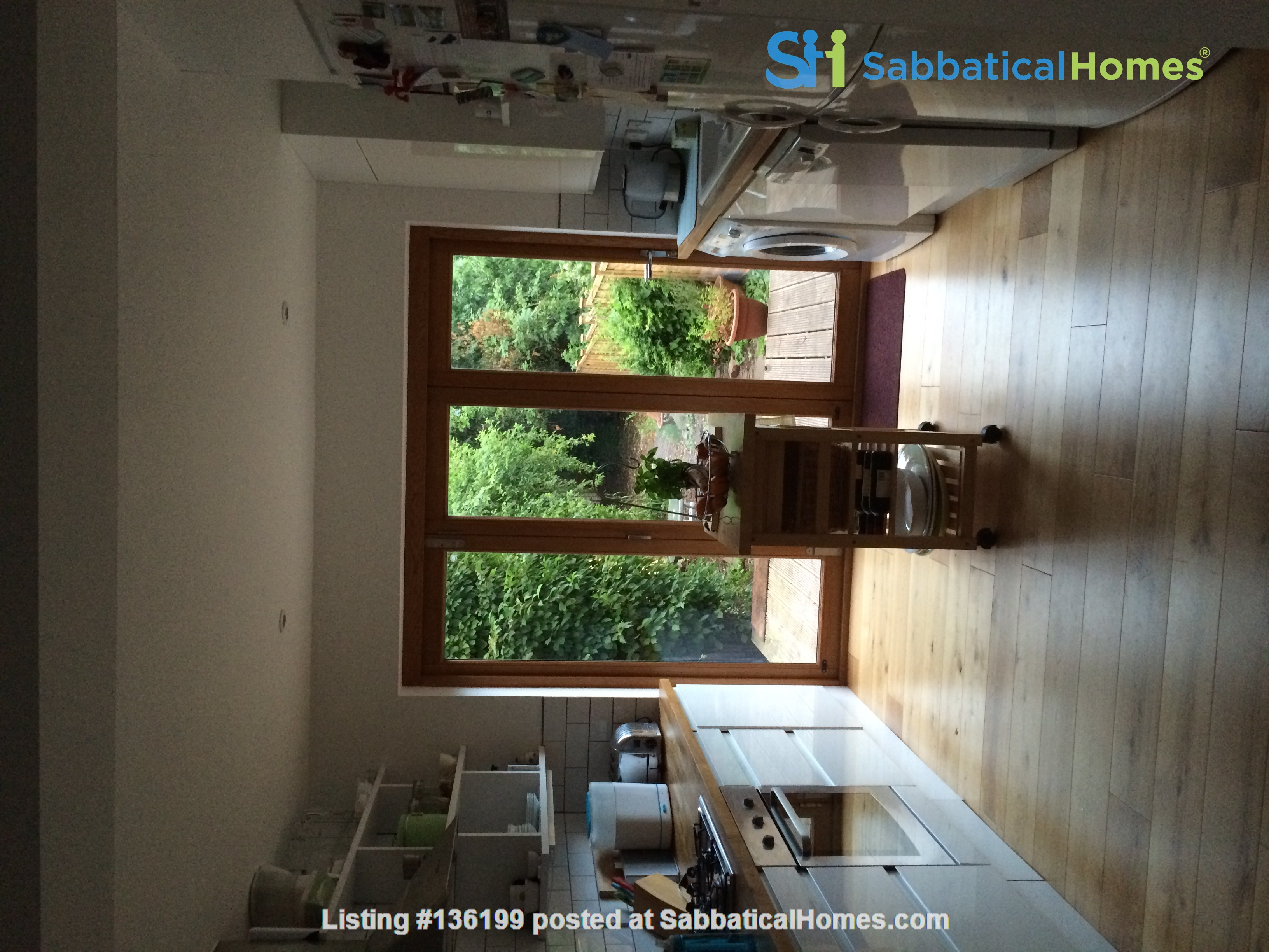 Three bedroom terraced house in Central East Oxford Home Rental in Oxfordshire, England, United Kingdom 1