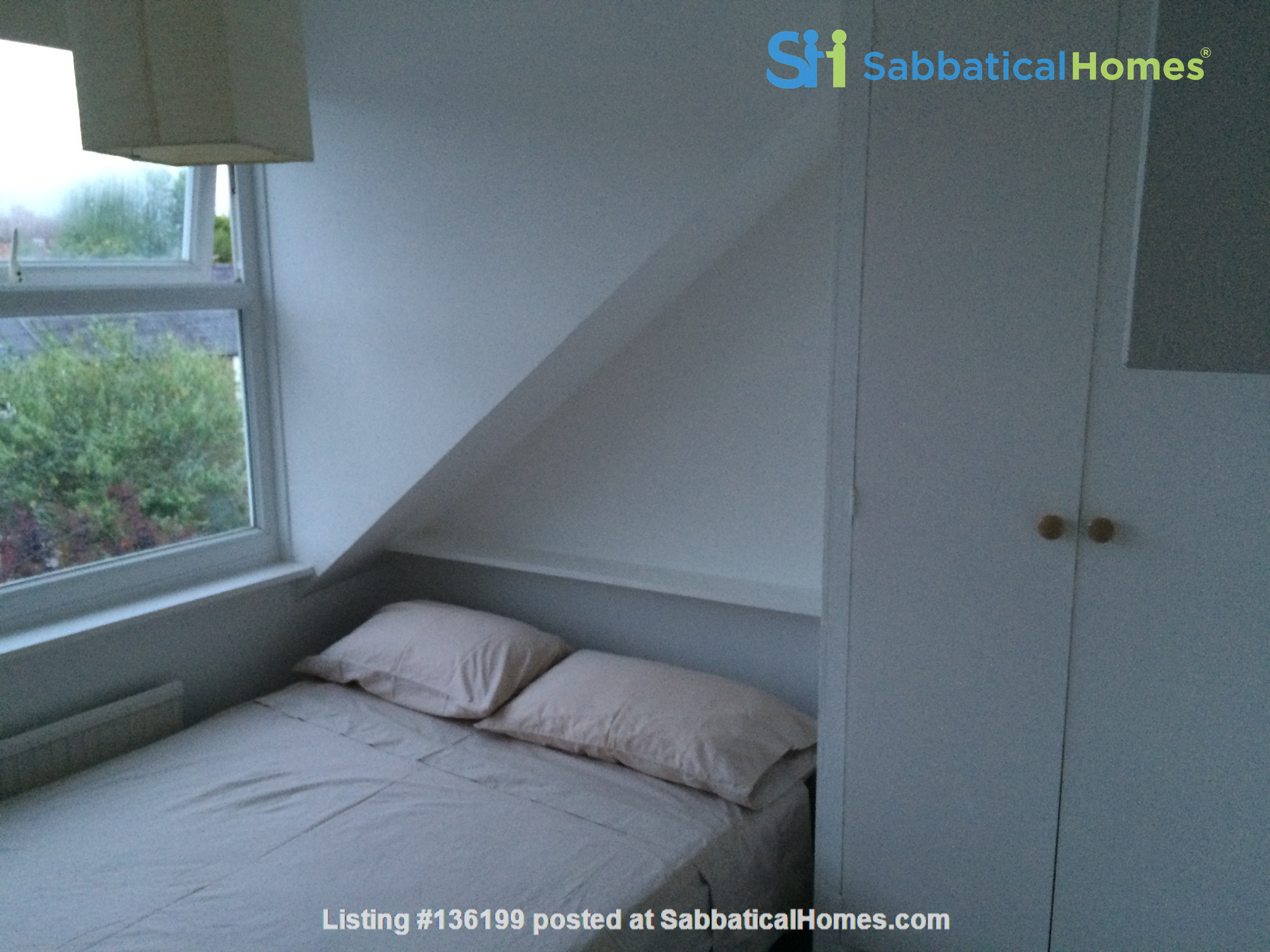 Three bedroom terraced house in Central East Oxford Home Rental in Oxfordshire, England, United Kingdom 2