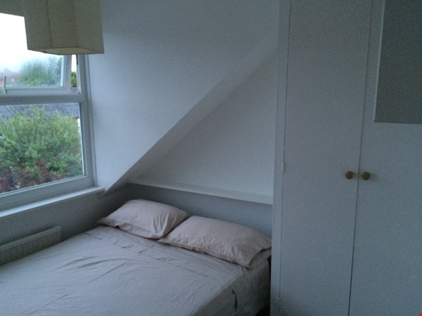 Three bedroom terraced house in Central East Oxford Home Rental in Oxford 2 - thumbnail