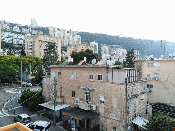 Beautifully Central APT at German Colony & Rambam Hospital @ Haifa Downtown Home Rental in Haifa 4 - thumbnail