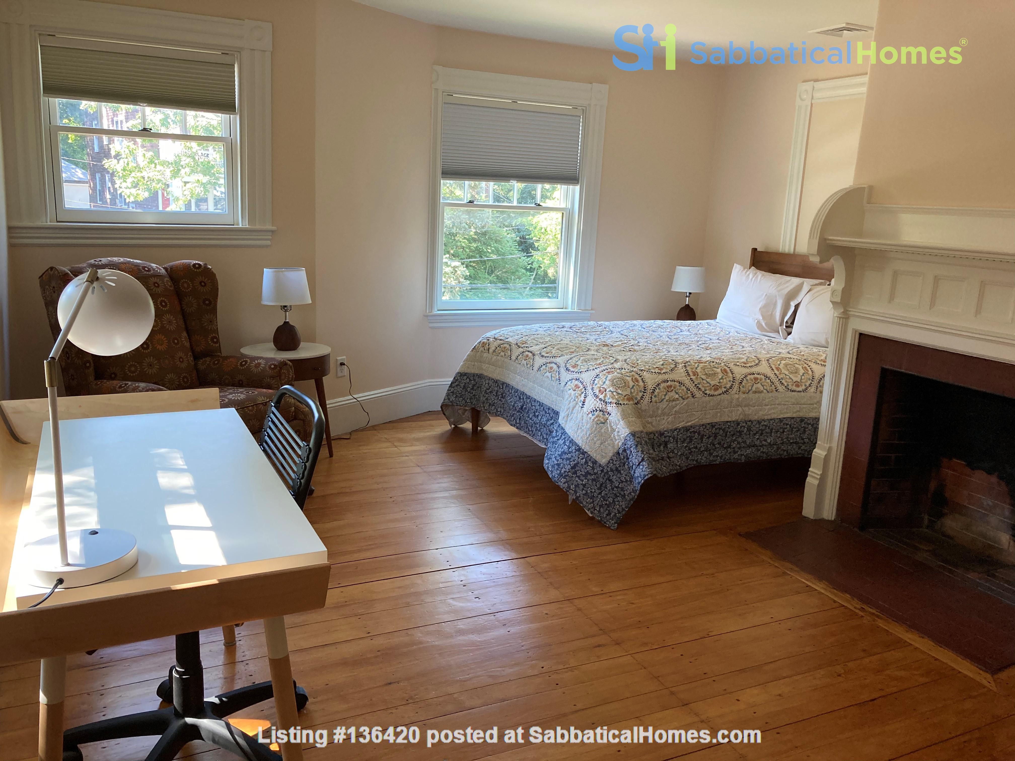 Parkside Jamaica Plain Victorian Home Rental in Boston, Massachusetts, United States 6