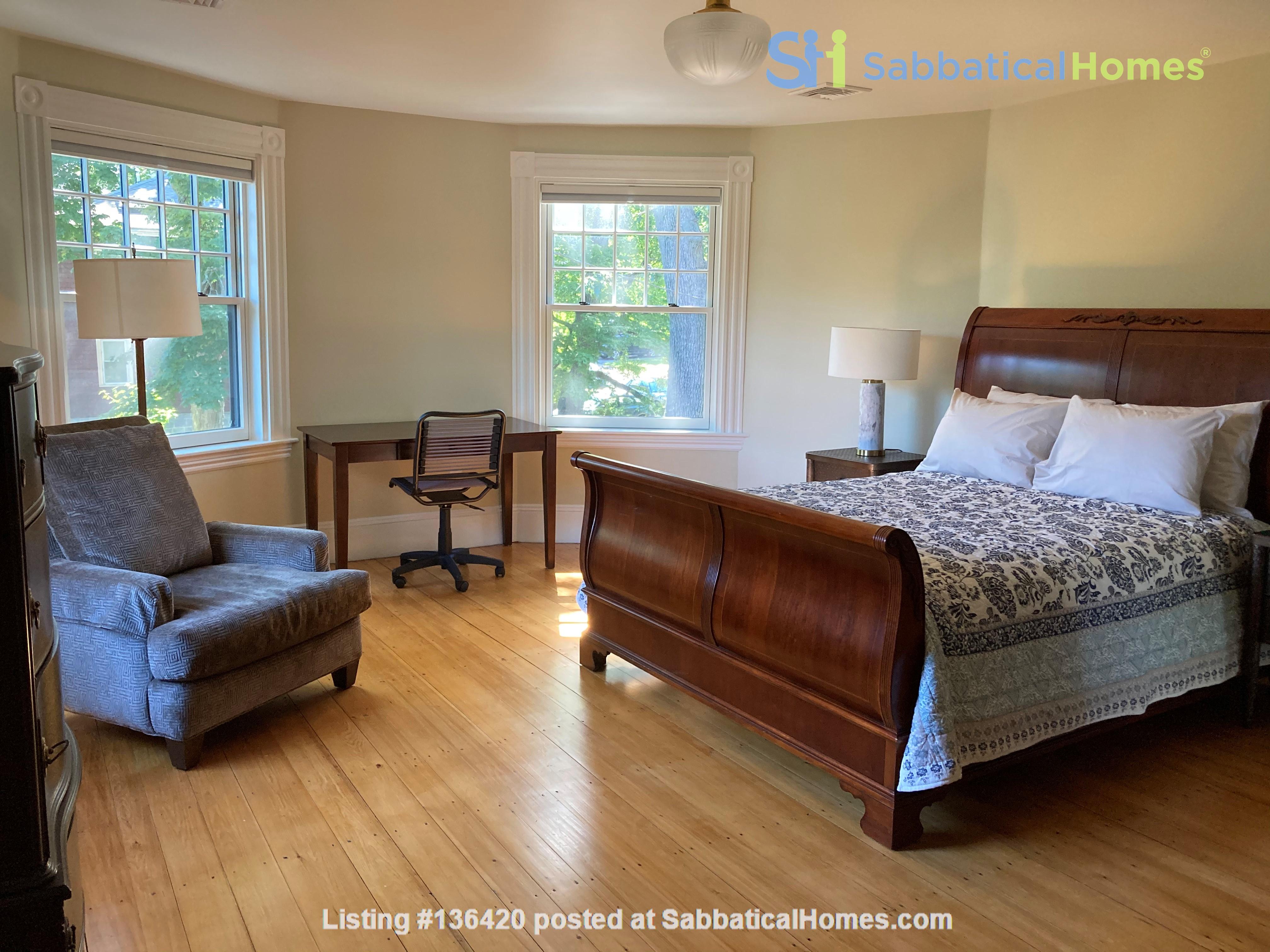 Parkside Jamaica Plain Victorian Home Rental in Boston, Massachusetts, United States 7